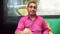 Akademisi Universitas Kristen Indonesia Paulus (UKI Paulus) Makassar, Jermias Rarsina mengkritik penanganan kasus dugaan suap proyek DAK senilai Rp 40 miliar di Kota Pare-Pare (Liputan6.com/ Eka Hakim)