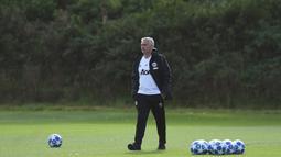 Terakhir Manchester United menjadi klub yang dilatih oleh Jose Mourinho sebelum dirinya dipecat pada pertengahan musim lalu dan digantikan Ole Gunnar Solskjaer.  (AFP/Oli Scarff)