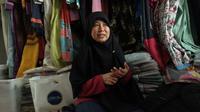Syafria Ningsih, pengusaha busana muslim asal Medan, Sumatera Utara, yang sukses jualan online di Bukalapak. Liputan6.com/Iskandar