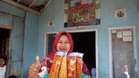 Produk PKH Kube Seblak, Godog, Garut, Jawa Barat (Liputan6.com/Jayadi Supriadin)