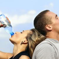 Hati-hati! Salah cara minum air putih bisa sebabkan kematian!