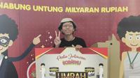 Mahasiswa asal Yogyakarta memenangkan hadiah umrah setelah menabung uang beasiswa di aplikasi Sobatku (Liputan6.com/ Switzy Sabandar)