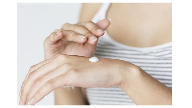 9 Cara Memutihkan Kulit Tangan Dan Kaki Yang Belang Dalam 1 Minggu Lifestyle Liputan6 Com