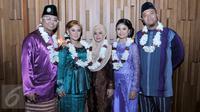 Para Peserta D'Academy Asia asal Singapura saat melakukan sesi pemotretam di Jakarta, (13/11/2015). (Liputan6.com/Gempur M Surya)