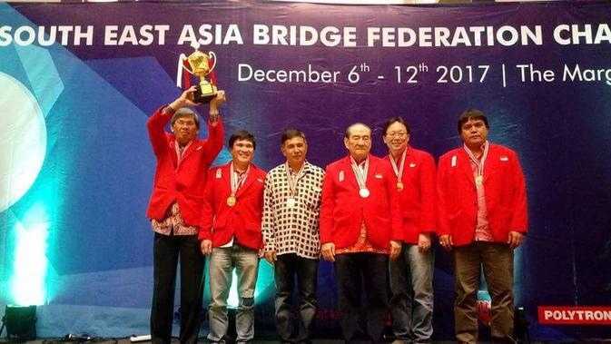 Timnas Bridge Indonesia  saat merebut 7 medali emas kejuaraan Asia Tenggara (istimewa)#source%3Dgooglier%2Ecom#https%3A%2F%2Fgooglier%2Ecom%2Fpage%2F%2F10000