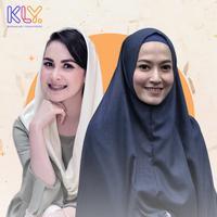 Lyra Virna dan Arumi Bachsin, pernah berseteru dengan orangtua gara-gara cinta. (DI: Muhammad Iqbal Nurfajri/Bintang.com)