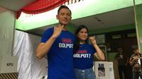Kogasma Partai Demokrat Agus Harimurti Yudhoyono (AHY) dan istrinya mencoblos di TPS 013 Petogogan, Jakarta. (Merdeka.com/ Intan Umbari)