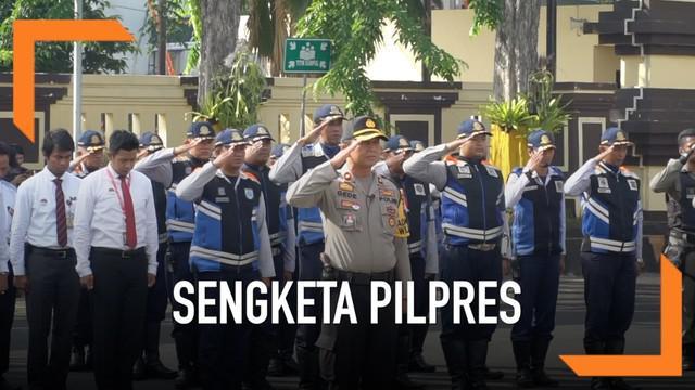 Guna mengantisipasi sidang sengketa Pilpres di Mahkamah konstitusi di Jakarta Polrestabes surabaya mengarahkan 300 personel gabungan untuk mengamankan Kota Surabaya. Pengamanan meliputi obyek vital, kantor KPU dan Bawaslu Kota dan Provinsi