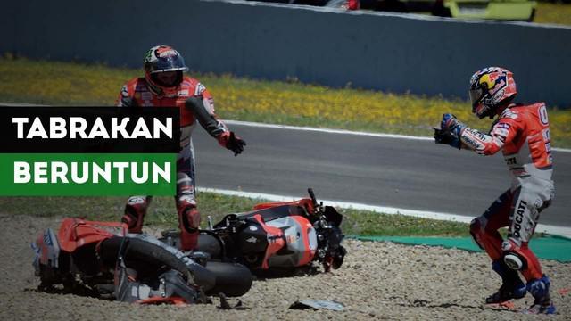 Terjadi tabrakan beruntun pada MotoGP Jerez yang melibatkan Jorge Lorenzo, Andrea Dovizioso dan Dani Pedrosa.
