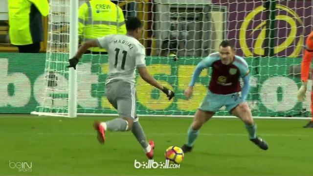 Anthony Martial jadi pahlawan kemenangan Manchester United 1-0 atas Burnley di pekan ke-24 Liga Inggris lewat gol roket jarak dekat. Tapi peran Romelu Lukaku tak bisa dielakkan, striker Setan Merah itu menjadi kreator utama terciptanya gol Martial. ...