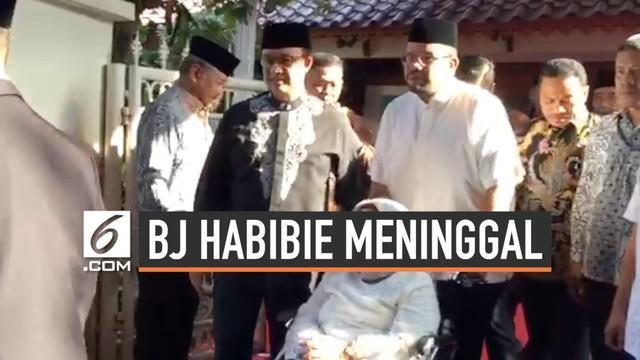 Gubernur DKi Jakarta Anies Baswesda layat rumah duka BJ Habibie Kamis pagi. Ia sempaikan harapan dan doanya untuk almarhum.