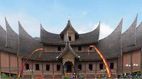 Wisata Padang (sumber: Indonesia.travel)
