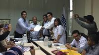 Ketua Tim Hukum Prabowo-Sandi, Bambang Widjojanto (BW) dilaporkan tiga advokat ke Peradi. (Merdeka.com)