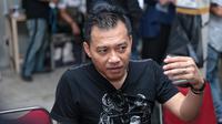"""""""Ya kami ingin meramaikan musik Indonesia di tengah industri yang mengalami banyak perubahan. Ingin berkarya kembali. Karena kami tidak pernah mati dalam berkarya,"""" tutur suami Ashanty. (Adrian Putra/Bintang.com)"""
