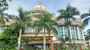Penampakan Hotel Mega Bintang Cepu, Blora. (Liputan6.com/Ahmad Adirin)