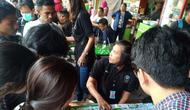Polisi dan BNN Jakarta Selatan menggelar razia narkoba di kampus Universitas Nasional (Unas. (Merdeka.com/Ronald)