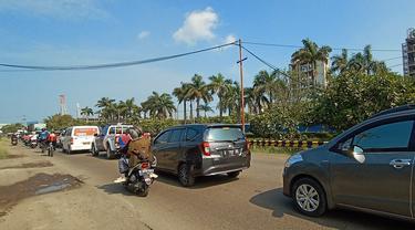 Kemacetan panjang menuju Anyer-Carita