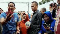 Sandiaga Salahuddin Uno ketika berkunjung ke salah satu pasar di Pekanbaru. (Liputan6.com/M Syukur)