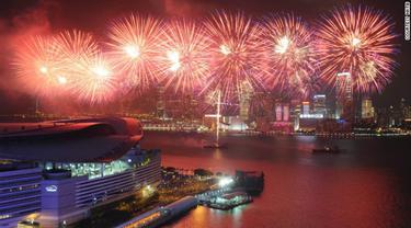 5 Spot Wisata Malam yang Menarik di Hong Kong