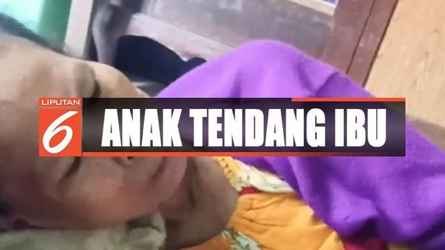 Video perilaku AP yang durhaka kepada ibunya ini membuat masyarakat Surabaya geram.