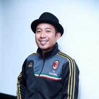 Denny Cagur juga terkenal dengan sebutan Raja Gombal. (M. Akrom Sukarya/Bintang.com)