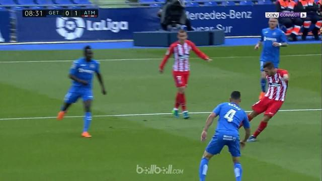 Berita video gol penentu kemenangan Atletico Madrid atas Getafe dalam lanjutan La Liga 2017-2018. This video presented by BallBall.