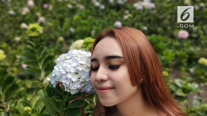 Hasil kamera Oppo Reno 10x Zoom untuk memotret model, dengan mode Portrait (Liputan6.com/ Agustin Setyo W)