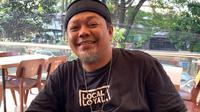 Yana Umar mundur dari Viking Persib Club. (Bola.com/Erwin Snaz)