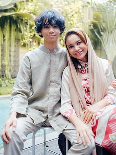 Rossa dan Rizky Langit Ramadhan. (Foto: Instagram @irsrossa910)