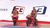 Marc Marquez dan Alex dalam peluncuran Honda di Jakarta, Selasa (4/2/2020). (Bola.com/Zulfirdaus Harahap)
