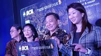 PT Bank Central Asia Tbk (BCA) bekerja sama dengan Singapore Airlines meluncurkan kartu kredit khusus.
