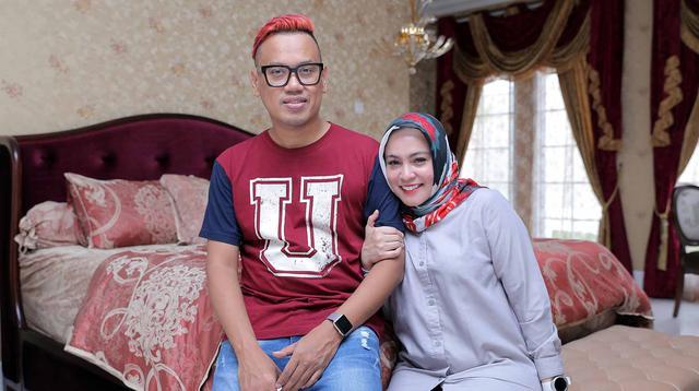 Uya Kuya bersama istri tercinta, Astrid. (Deki Prayoga/Bintang.com)