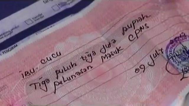 Tersangka penipuan penerimaan PNS untung miliaran rupiah.
