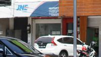 Kendaraan melintasi Jalan RS Fatmawati Raya, Jakarta, Selasa (10/9/2019). Penerapan perluasan aturan ganjil genap di sejumlah ruas jalan Ibu Kota berimbas pada lenggangnya arus lalu lintas di kawasan tersebut. (Liputan6.com/Immanuel Antonius)