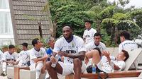 Geoffrey Castillion sudah bergabung dalam latihan Persib Bandung. (Bola.com/Erwin Snaz)