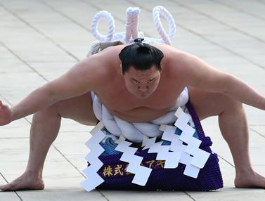 Ritual Tahun Baru Sumo di Jepang