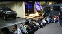 sejumlah remaja itu diamankan di Kawasan Bundaran Hotel Indonesia (HI), Menteng, Jakarta Pusat saat sedang menggelar Sahur On The Road. (Istimewa)