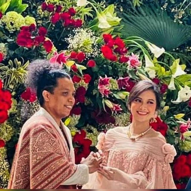 Indah Permatasari Menikah dengan Arie Kriting Tanpa Wali Ayah Kandung