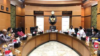 Temui Mahfud MD, Nasdem Berharap Syaikhona Kholil Dapat Gelar Pahlawan Nasional