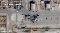 Gambar satelit terlihat kerusakan pangkalan udara AS di Ain al-Asad setelah terkena roket dari Iran di Irak barat, Rabu (8/1/2020). Iran menembakkan lebih dari selusin rudal balistik ke setidaknya dua pangkalan udara Irak yang menjadi pangkalan pasukan Amerika Serikat. (Planet Labs Inc. via AP)