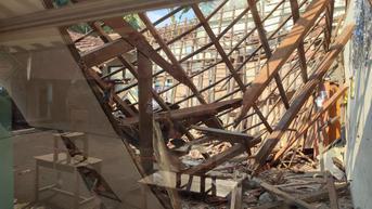 2 Ruang Kelas SD Otista Kota Bogor Ambruk di Siang Bolong
