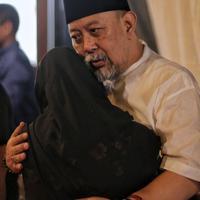 Suasana Rumah Duka Indro Warkop (Adrian Putra/Fimela.com)