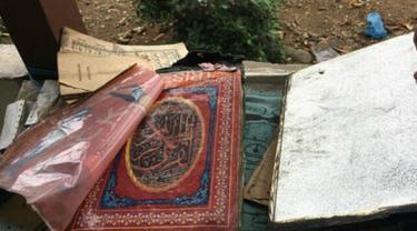 Alquran utuh meski rumah hangus terbakar (foto: Merdeka.com)
