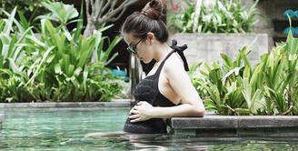 Saat di awal kehamilan, Franda mengaku jika ia tidak mengalami mual dan muntah. Akan tetapi, nafsu makannya menjadi berkurang. (foto: instagram.com/frandaaa87)