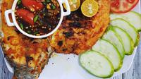 Ikan nila bakar, kuliner khas Cianjur, Jawa Barat. (Sumber Foto: yantiliaw/Instagram)