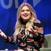 Apatemen Kelly Clarkson   kebakaran saat pindah ke Los   Angeles. Hal itu membuatnya   harus tinggal di mobil dan   penampungannya. (RICK DIAMOND /   GETTY IMAGES NORTH AMERICA /   AFP)