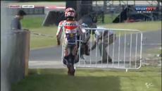 Valentino Rossi berhasil finis terdepan di balapan MotoGP Qatar yang berlangsung di Rio Hondo International circuit, Senin (20/4/2015) dini hari WIB. Sedangkan Marc Marquez yang meraih pole position gagal finis.