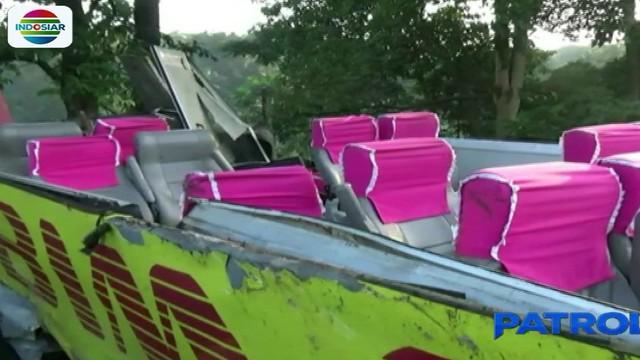 Enam dari 27 korban luka masih menjalani perawatan di Rumah Sakit MH Thamrin, Purwakarta. Sementara itu, pengemudi bus Dede Suhaeri dirawat terpisah di Rumah Sakit Ramahadi dan kondisi korban berangsur membaik sehingga dapat menjalani pemeriksaan pol...