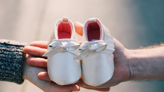 berjauhan dengan suami saat hamil aku kuat demi kebahagiaan