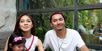 Program tahun ini, pasangan Ananda Omes dan Dian Ayu ingin menambah momongan. (Andy Masela/Bintang.com)